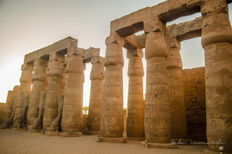 Atardecer en el templo de Luxor